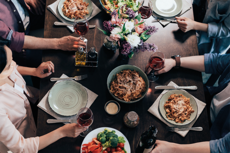 NUT & FEDER Dinnerparty mit Silent-Cooking-TV-Koch Patrick Müller