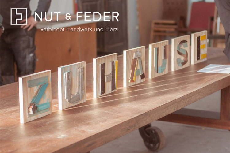 NUT & FEDER Postkarte